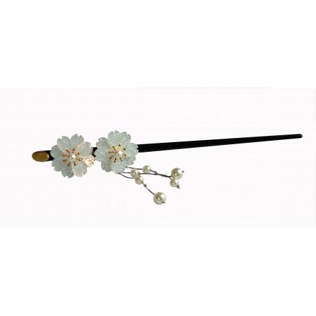 Szpilka do włosów z kwiatami wiśni - biała